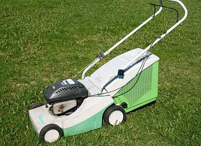 Gebrauchter Rasenmäher
